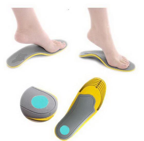 แผ่นรองเท้าสำหรับคนเท้าแบน